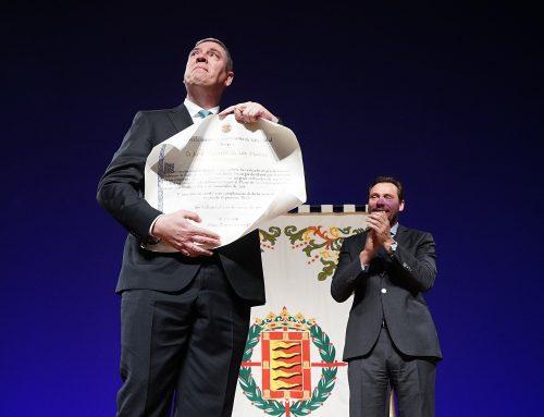 Renault recibe la Medalla de Oro de la ciudad y José Vicente de los Mozos es nombrado Hijo Predilecto