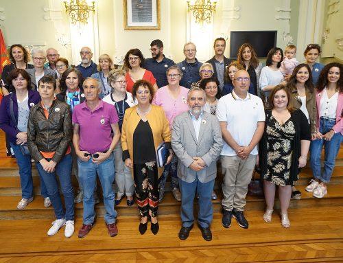 El Ayuntamiento acoge la lectura del manifiesto del Día Nacional de las Lenguas de Signos