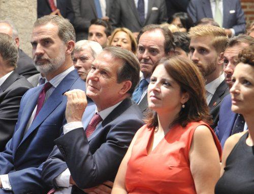 La FEMP celebra el 40 aniversario de las primeras elecciones municipales democráticas y entrega la llave de oro del municipalismo a S. M. el Rey Felipe VI