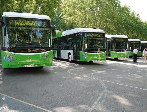 AUVASA sigue renovando su flota con criterios de movilidad sostenible y presenta seis autobuses híbridos con una inversión de casi dos millones y medio de euros
