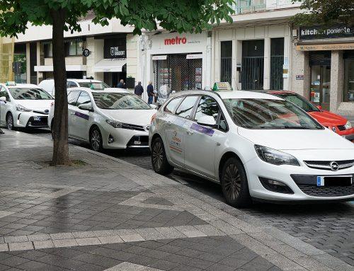 Desde la concejalía de movilidad y espacio urbano se pide a las asociaciones de taxistas que se garantice el servicio de transporte con todas las medidas higiénicas