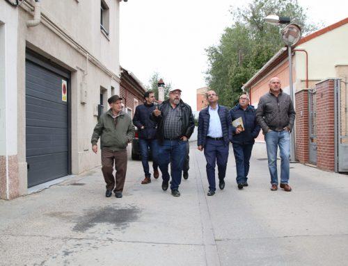 El Ayuntamiento construirá una acera en el Camino Viejo de Simancas que dará servicio al barrio de Las Villas