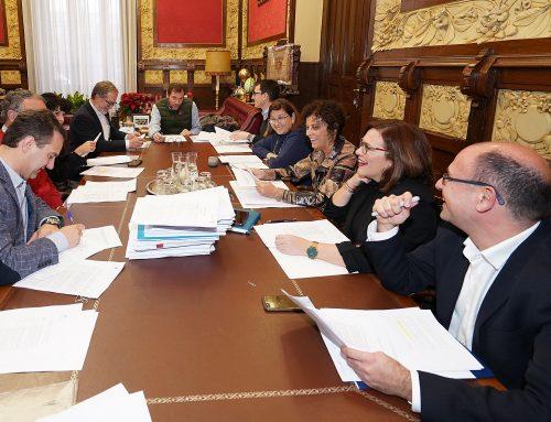 La Junta de Gobierno aprueba la nueva ordenanza sobre el taxi metropolitano