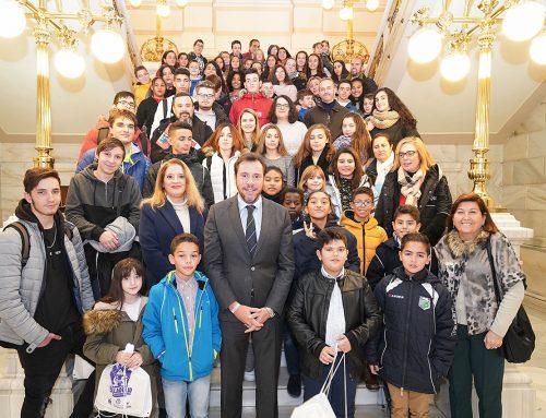 El Ayuntamiento de Valladolid celebra el Día de la Constitución proclamando la libertad de expresión