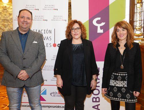 El Ayuntamiento acoge la presentación de la VI edición de los Premios Iniciativas Empresariales