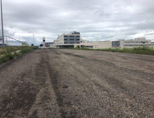"""El Ayuntamiento amplía el """"aparcamiento provisional"""" de calle Oro en el Polígono de San Cristóbal"""
