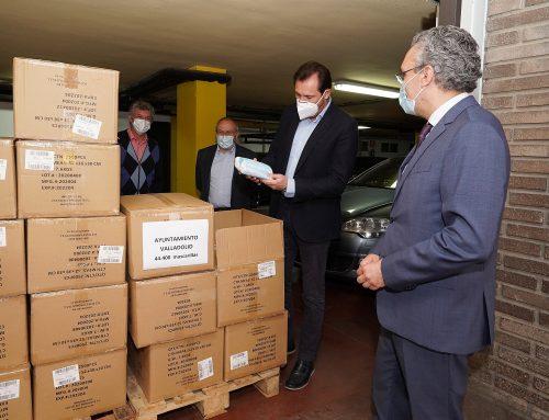 El Ayuntamiento de Valladolid recibe del Gobierno 44.000 mascarillas que se sumarán a las 200.000 compradas la semana pasada
