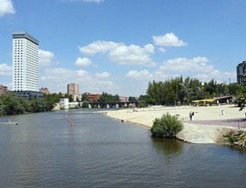 El Ayuntamiento renueva la playa de las Moreras y su entorno para garantizar la higiene, la comodidad y la seguridad el próximo verano