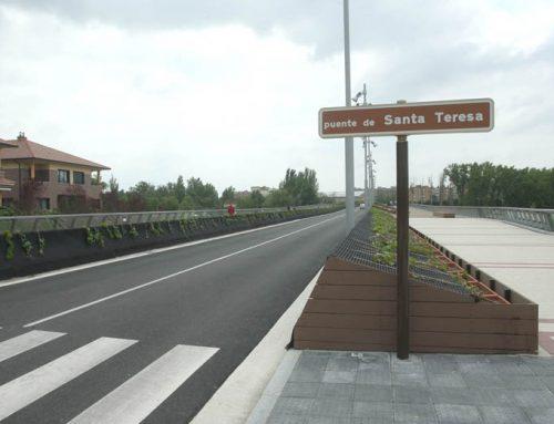 El Ayuntamiento repara el puente de Santa Teresa