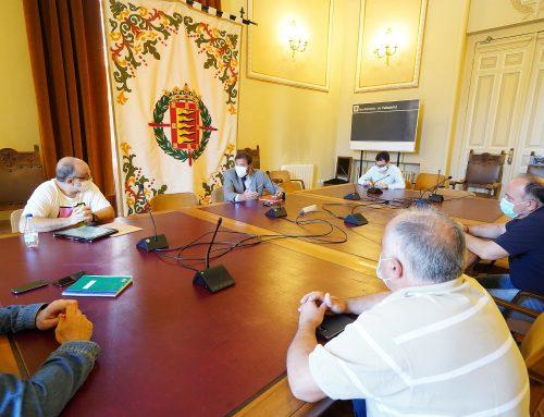 El Ayuntamiento eximirá a los feriantes del pago de la tasa para instalar las atracciones en el Real de la Feria