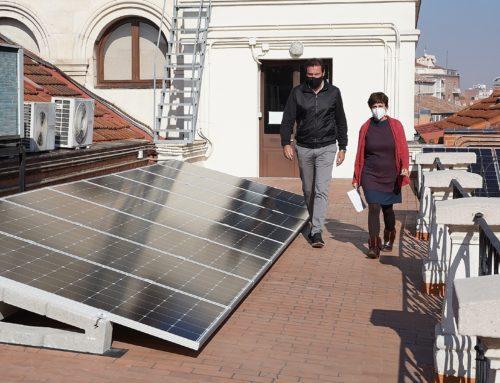 Ahorro de 94.000 euros anuales gracias a las últimas instalaciones fotovoltaicas en edificios municipales