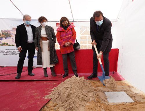 Otro compromiso electoral en marcha: primera piedra del Centro de Mayores y Biblioteca de Parquesol con una inversión de 4,4 M€