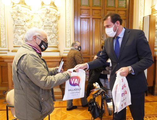 El Ayuntamiento pone en marcha el «Teléfono de las personas mayores»