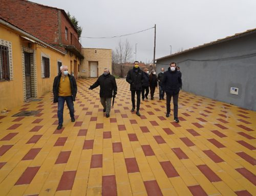 La calle Aralia del barrio de Las Flores cuenta con pavimentación y saneamiento adecuada