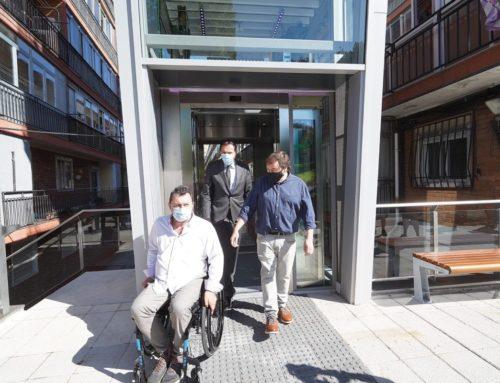 Valladolid estrena los primeros ascensores de vía pública de toda la ciudad en el barrio de San Isidro